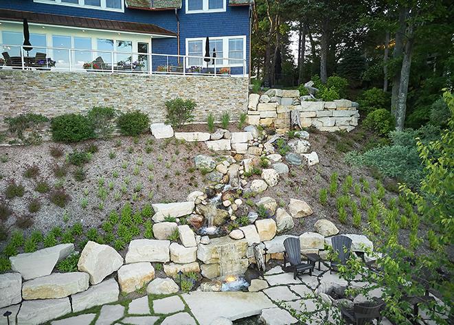 beautiful modern mansion landscaping